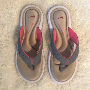 Nike Ultra Comfort Thong Sandal Size 8